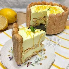 charlota de limon 2 Lemon Recipes, Cake Recipes, Dessert Recipes, Dessert Ideas, Pie Cake, No Bake Cake, Italian Desserts, Just Desserts, Charlotte Cake