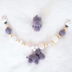 Meine erste 🌸Nilpferd- Kinderwagenkette🌸 ist fertig geworden ☺❤🐮 #babygirl #teamrosa #handmade #selfmade #handarbeit #diy #crochet #crochetaddict #instacrochet #ilovecrochet #crocheting #baby #cute #love #sweet #häkeln #häkelliebe #amigurumi #schwanger #mommytobe #instagood #instadaily #newborn #potd #babygirl #babyboy #babylove #baby2018 #crochettoy #amigurumitoy #crochetlove #crochetlover #amigurumiaddict #amigurumilove #häkelnisttoll #kinderwagenkette #nilpferd