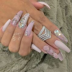 In look for some nail designs and ideas for the nails? Here's our list of 16 must-try coffin acrylic nails for stylish women. Great Nails, Fabulous Nails, Gorgeous Nails, Love Nails, Fancy Nails, Bling Nails, Swag Nails, Coral Nails, Matte Nails
