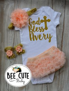 43 Ideas For Baby Girl Gifts Ideas Vinyl Baby Girl Tutu, Baby Girl Baptism, Baptism Party, Baby Girl Gifts, Baptism Ideas, Baby Baby, Baptism Outfit, Christening Outfit, Baby Christening
