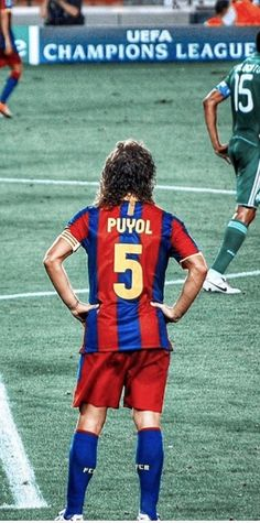 Carles Puyol - The beautiful game - Sport Barcelona Champions League, Barcelona Team, Barcelona Football, Football Soccer, Football Shirts, Football Players, Uefa League, Paolo Maldini, Leonel Messi