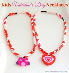 Whether you want a quick Valentines Craft to do at home with the kiddos or a project for a class Valentines Day project, these Easy Kids Valentines Day necklaces are perfect. Budget friendly and easy to make, they are sure to be a hit with the kids! Kinder Valentines, Valentine Crafts For Kids, Valentines Day Activities, Valentines Day Party, Be My Valentine, Valentine Ideas, Walmart Valentines, Straw Valentine, Valentines Sweets