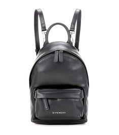 Zaino nero in pelle 850 euro Givenchy bag black 2017