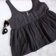 Free People • Gray Tank Barely worn! Super soft and light weight.   ❌No trades ❌No PayPal ❌No asking for the lowest price Free People Tops Tank Tops