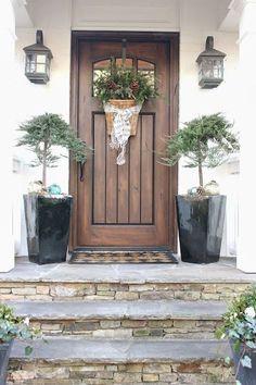 43 Gorgeous Farmhouse Front Porch Decor and Design Ideas