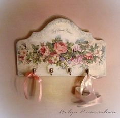 Mobili per decoupage – Recycled Furnitures Ideas Decoupage Wood, Decoupage Furniture, Decoupage Vintage, Shabby Vintage, Painted Furniture, Shabby Chic Crafts, Shabby Chic Style, Shabby Chic Decor, Tole Painting