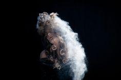 Emilie Möri - photographe - EXPLOSIVE flour portraits