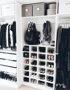 Walk in closet ideas, walk in closet design, walk in closet dimensions, walk in closet systems, small walk in closet organization