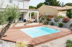Plus de 1000 id es propos de piscine sur pinterest piscines recherche et - Piscine coque carree ...