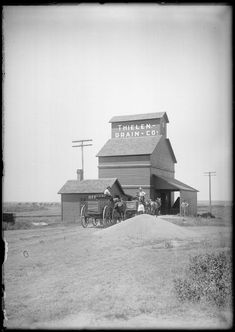 L. W. Halbe collection - Thielen elevator, August 1907, Dorrance, Russell County, Kansas (Plate 86)