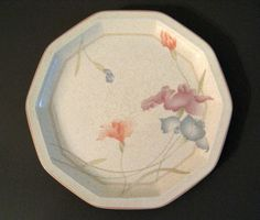 Iris and Lily Motifs | Mirror80