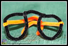 Pipe cleaner glasses style 2, pretend play opticians, pretend play, optometrist, photo