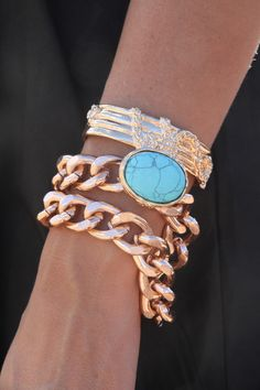 I love love love this bracelet. Chain links and turquoise. Beautiful!!