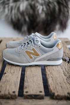 shoes / footwear / boots / sports shoes / sneakers / new balance / sport / style / fashion / buty / obuwie / buty sportowe / adidasy / sport / styl / moda Women's Shoes, Me Too Shoes, Shoe Boots, Shoes Sneakers, Gold Sneakers, Ladies Sneakers, Look Fashion, Fashion Shoes, Woman Shoes