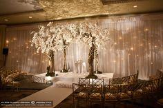 altar white floral gold decor