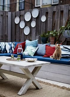 Show your outdoor space as much as love as indoors – take cushions, rugs and throws outside to warm things up. Find outdoor ideas at #IKEAIDEAS