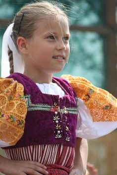 National costume worn by young Slovakian girl. Beautiful Children, Beautiful People, Folk Costume, Costumes, Adorable Petite Fille, Heart Of Europe, Central Europe, Textiles, My Heritage