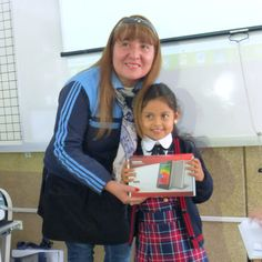 Thanks to Toshiba Latinoamérica, Liliana Loyola is excited to use her new Encore tablet in her classroom! She is the winner of Toshiba's Children's Day Facebook contest in Peru. We're very proud work with brands like Toshiba that bring joy to the lives of children in Latin America!