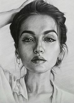 Beautiful portrait drawing by Lika Sunik art illustration draw - Art and Literature 548665167103148576 Portrait Au Crayon, Pencil Portrait Drawing, L'art Du Portrait, Portrait Sketches, Pencil Art Drawings, Realistic Drawings, Art Drawings Sketches, Cool Drawings, Painting & Drawing