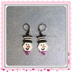 Snowman earrings. #christmas # delicas