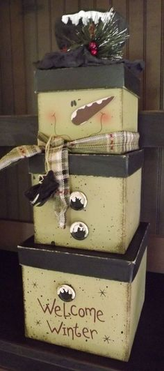 Primitive Country Christmas Welcome to Winter Stacking Nesting Boxes Snowman