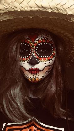 Sugar Skull Halloween Outfit, Halloween Costume Diy, Cute Halloween Makeup, Halloween Skull, Sugar Skull Costume, Vintage Halloween, Costume Ideas, Halloween Candy, Candy Skull Makeup