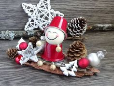 This article is not available Christmas Balls, Kids Christmas, Christmas Crafts, Christmas Decorations, Xmas, Christmas Ornaments, Holiday Decor, K Cup Crafts, Diy Arts And Crafts