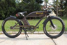 Custom E-Cruiser - Leather Bicycle, Bicycle Bag, Bicycle Engine, Motorised Bike, Lowrider Bike, Motorized Bicycle, Classic Motors, Electric Bicycle, Super Bikes
