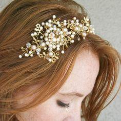Etsy : Wedding tiara wedding headband Vintage dream par BeSomethingNew