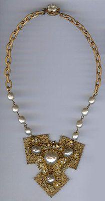 Miriam Haskell Vintage Ornate Flower Baroque Pearl Rhinestone Necklace