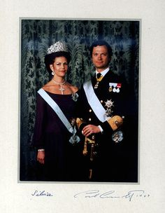Queen Silvia wore this tiara for an official portrait in 1980.