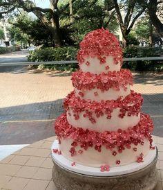 ultra modern wedding cakes   goenderilmiş ve cakes fashion unique wedding cakes wedding cakes ...