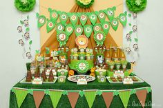 Safari Birthday Party | CatchMyParty.com