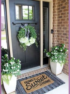 45 Rustic Farmhouse Front Porch Decorating Ideas – Best Home Decorating Ideas - Page 40 Front Door Porch, Front Door Decor, Front Porch Plants, Country Front Door, Front Door Colors, Front Porch Decorations, Front Porch Garden, Summer Front Porches, Front Door Entryway