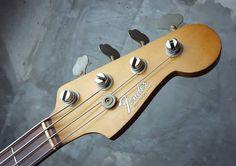 Fender USA Precision Bass 1965 Sonic Blue http://www.waku-ya.com/product/1246
