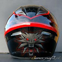 Witcher 3 Wild Hunt airbrush on motorcycle helmet  Source: www.aerografit.pl
