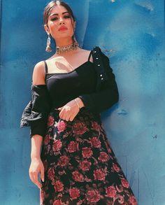 Follow me Yashika Singhaniya Punjabi Actress, Bollywood Actress, Bollywood Girls, Bollywood Celebrities, Girl Attitude, Cute Girl Pic, Girls Dpz, Beautiful Indian Actress, Indian Girls