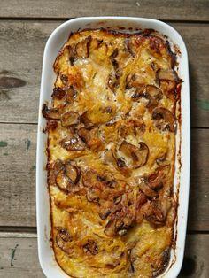 Caramelized Onion Spaghetti Squash Casserole: gluten free, dairy free