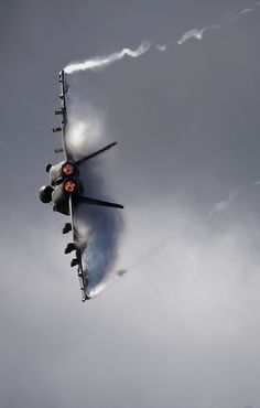 Aircraft maneuvers during an airpower demonstration. by Official U.S. Navy Imagery, via Flickr