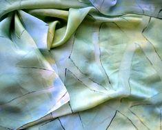 Шелковый шарф палантин батик Солнце в холодной воде шелк ,атлас шифон – купить в интернет-магазине на Ярмарке Мастеров с доставкой - CXPNNRU
