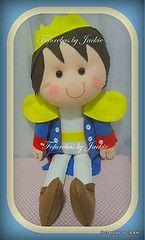 Meu Prncipe Encantado u.u (Fofurebas - By Jackie) Tags: boneco felt infantil prncipe feltro decorao enfeite bonequinho enfeitedemesa decoraodemesa decoraodefestas bonecogrande fofurebas