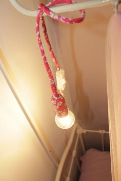 Une lampe baladeuse en Liberty Of London (Tuto/diy by Mummy Factory)
