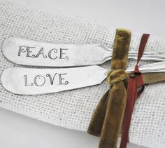 PEACE and LOVE - Set of Two Spreaders
