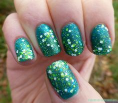 Nail Art - Gradient and Ombre on Pinterest | Gradient Nails, Glitter ...