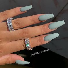 Cute acrylic nails also known as artificial nails or faux nails are great timesavers. They cover broken nails. If you have weak nails, artificial nails will help you. They are a great canvas for… Matte Acrylic Nails, Acrylic Nails Coffin Short, Simple Acrylic Nails, Summer Acrylic Nails, Summer Nails, Acrylic Art, Spring Nails, Ballerina Acrylic Nails, Grey Matte Nails