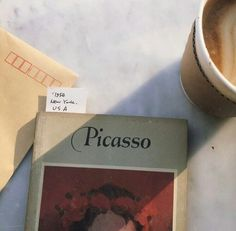 book, picasso, and aesthetic image Beige Aesthetic, Book Aesthetic, Aesthetic Outfit, Character Aesthetic, Aesthetic Vintage, Hipster Vintage, Vintage Wine, Vintage Books, Grand Art