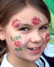 DIY St. Patricks Day Face Paint #DIY