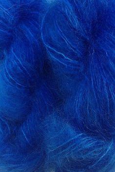 Blue fabric as for colour Im Blue, Kind Of Blue, Deep Blue, Blue And White, Azul Indigo, Indigo Blue, Cobalt Blue, Blue Dream, Behind Blue Eyes