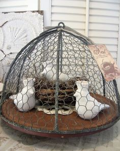 Wire cloche - use an empty hanging basket frame, cover with chicken wire   ********************************************* Timewashed - #wire #projects #crafts #cloche #chicken #nest #home #decor - tå√    TIMEWASHED: Crowned Chirp Fun!!