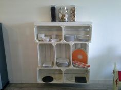 Móvel para louça em caixa de fruta. #bricopal